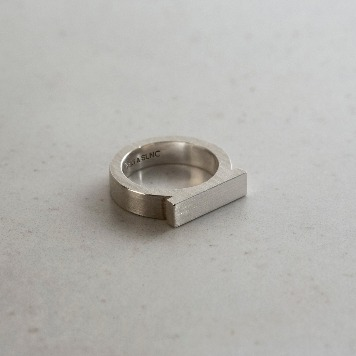 TEXT & SLNCAlpha Ring